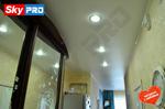 Матовый натяжной потолок в прихожей